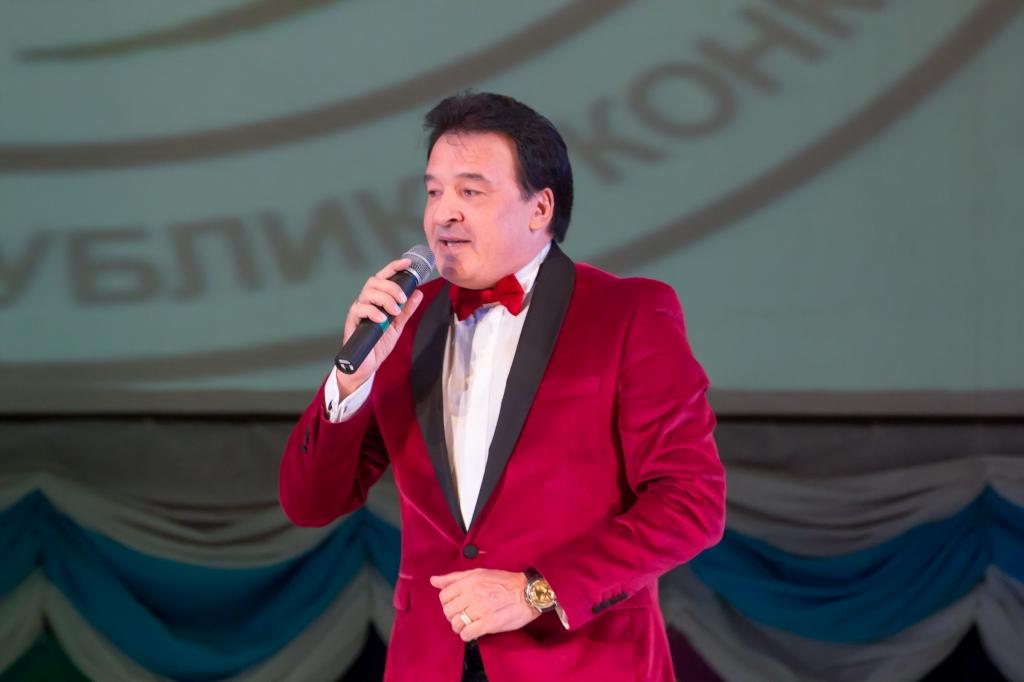 татарские певцы фото мужчины можете выбрать