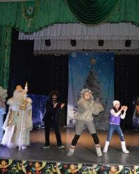 В Доме культуры РЦНТ состоялись новогодние представления
