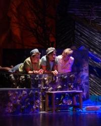 Выдвинутый на окружной<br />финал «Театрального<br />Приволжья» спектакль<br />«Таганок» посмотрели<br />воспитанники детского дома